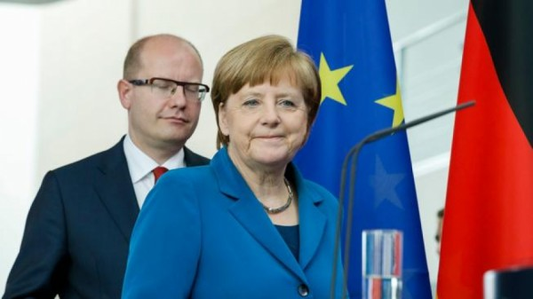 Czech republic: PM Sobotka & CSSD pandering to Merkel