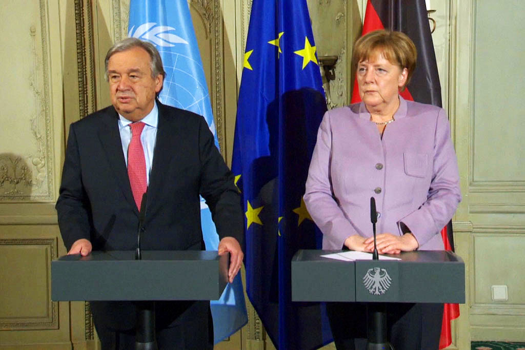 "Angela Merkel strongly supports the new UN proposal to ""expand and enlarge"" the EU's plan for relocation."