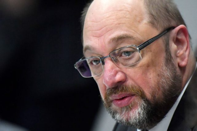 V4 Report: Far left extremist Martin Schulz and Social Democrats only 4 points ahead of AfD.