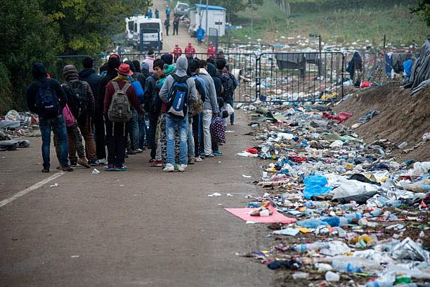 V4 Report: Croatia: 50,000 Migrants in Area Between Greece and Croatia. Will they be deported or continue to roam Europe?