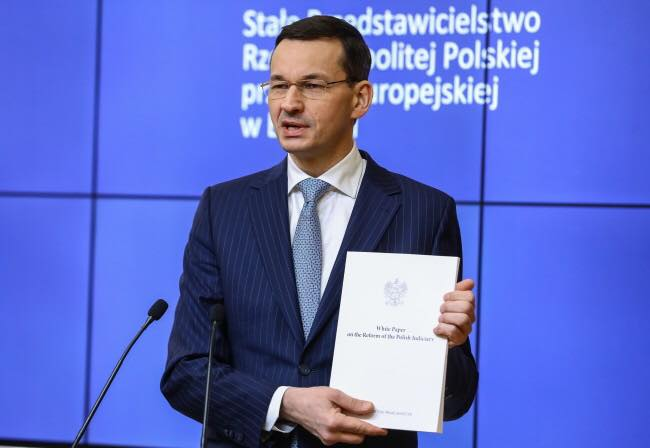 "V4 Report: Poland Respond: Polish PM hands ""white paper"" on court reforms to EU officials."