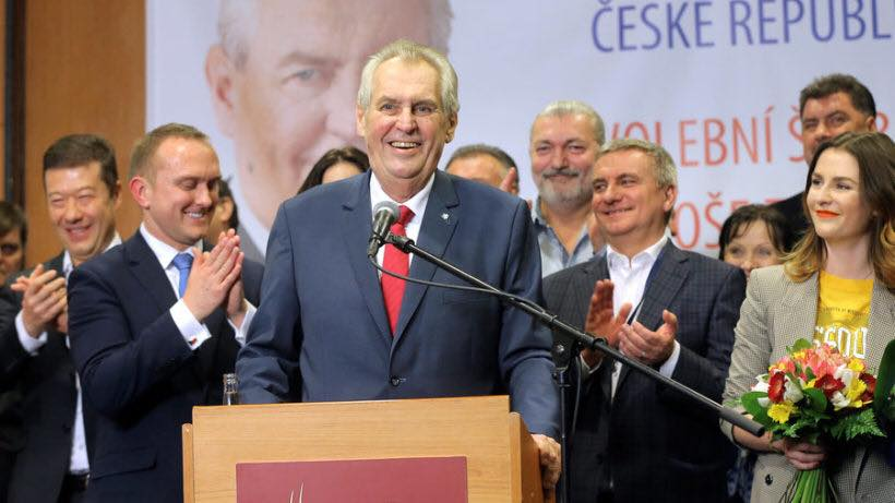 V4 Report: Czech Republic : President Miloš Zeman criticizes liberal media at the ceremony at which he was sworn in for a second term as President.