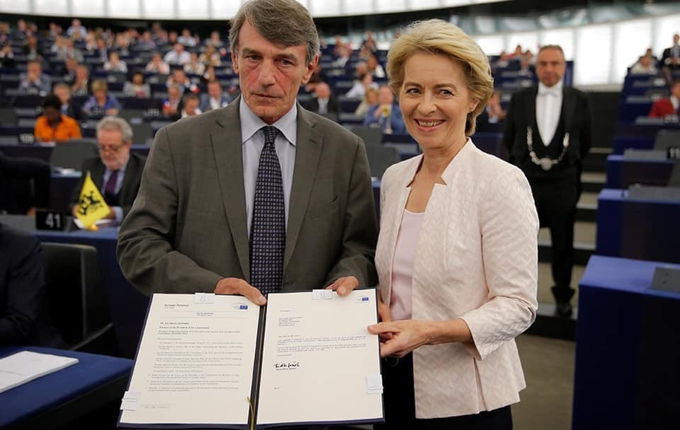 Does EU Parliament President David Sassoli plan to strip member states of their national identities by preventing MEPs from displaying their countries' flags on their bench?