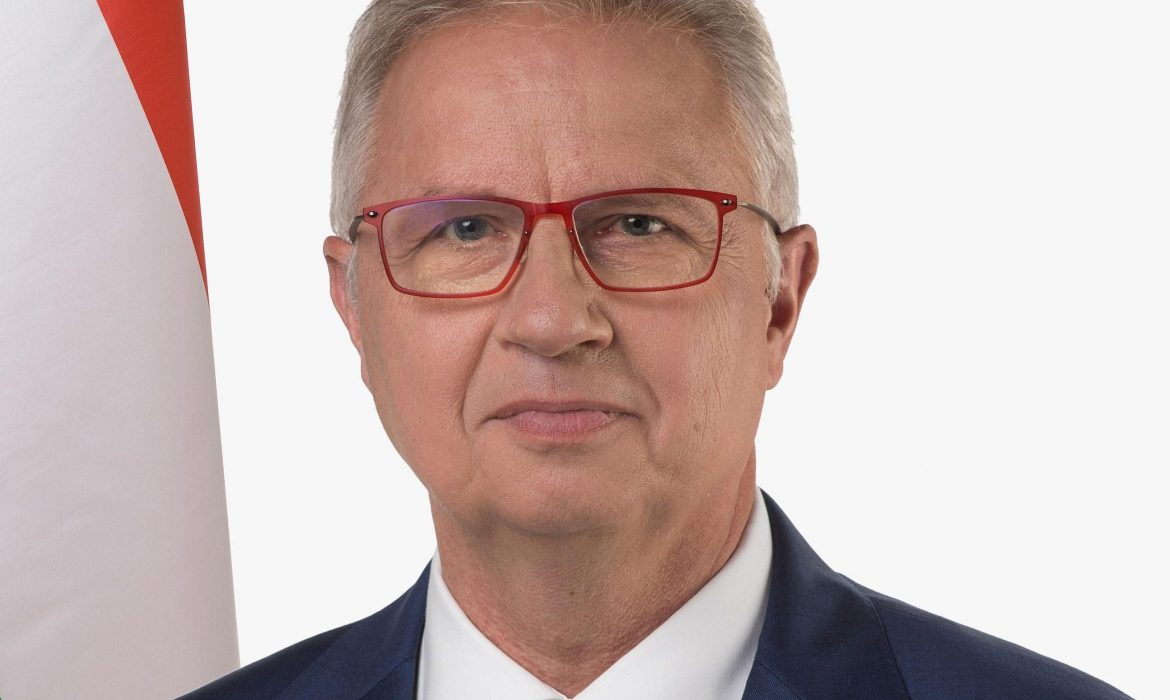 Hungary:  Fidesz MEP László Trócsányi says confrontation between the EU and member states institutions are predictable.