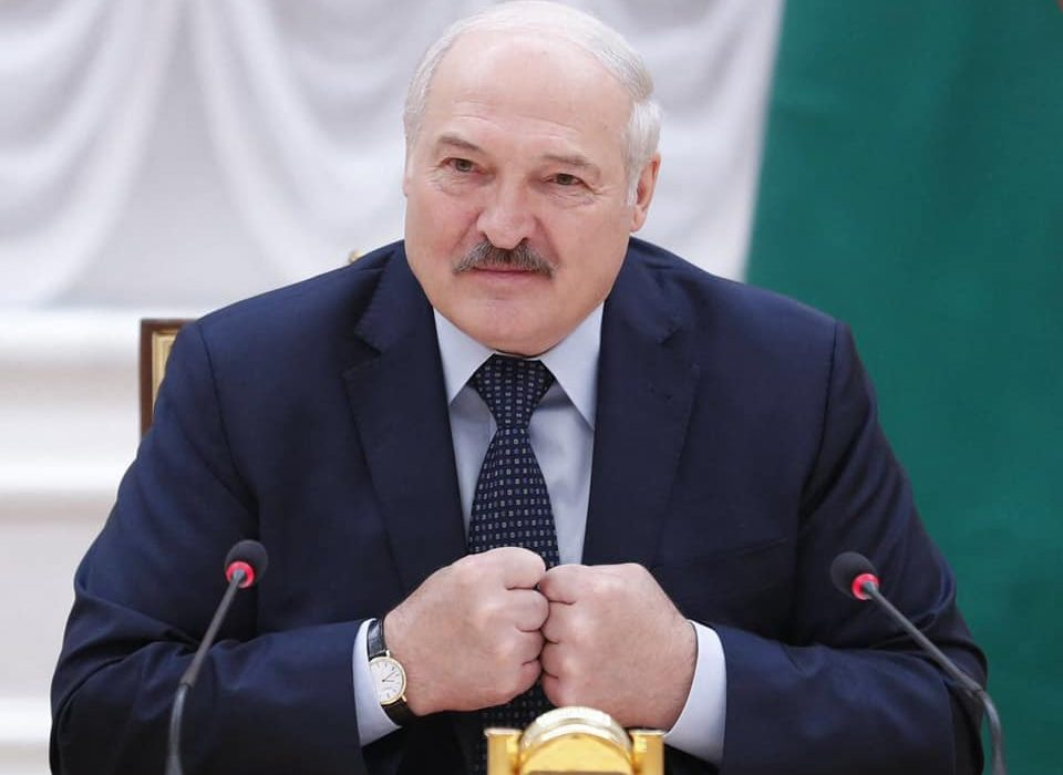 Lithuania interior minister accuses Belarus of letting illegals from Iraq cross into Lithuania.