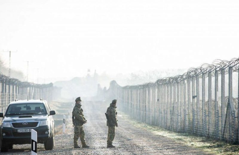 Hungary: Violent group of illegals attack border police.