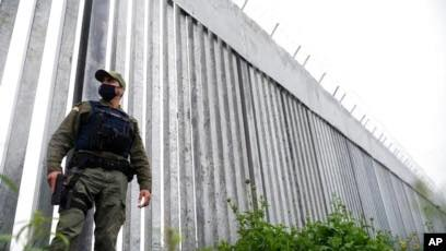 Greece: Brussels furious as Greek government wisely rejects EU proposal for 'border monitors'.