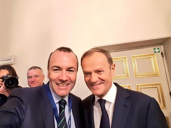V4 Report on Twitter: Number One goal of national conservatives must be to take on and defeat the EPP Party, which works to keep authentic right from emerging in Europe.